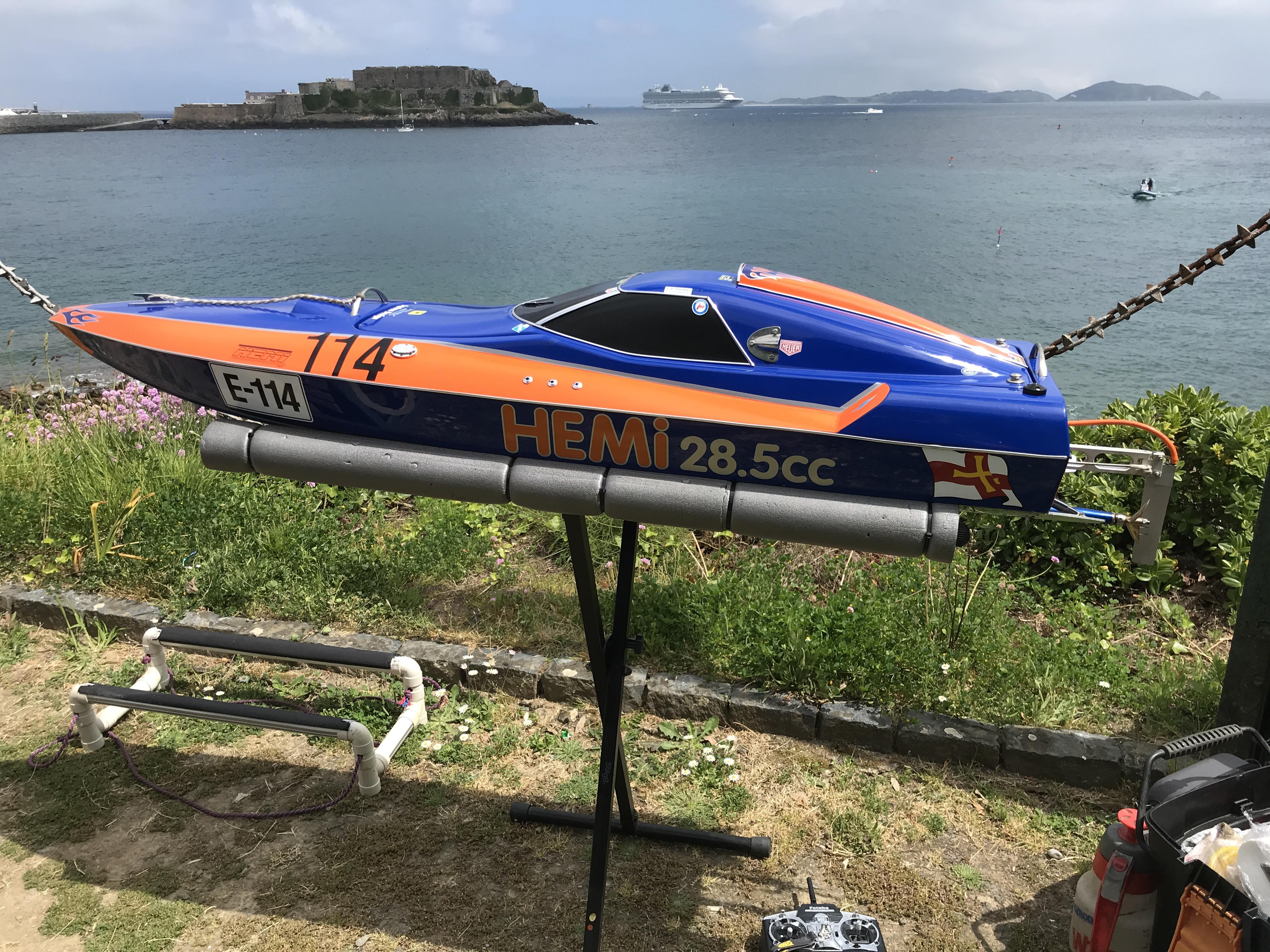 GUERNSEY A-X SPRINT RACE